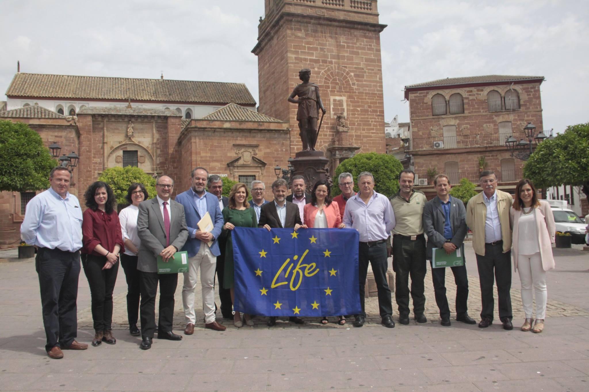 Firma convenio colaboración socios Life